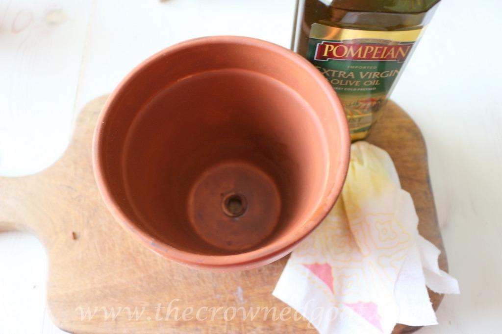 033016-3-1024x682 Flower Pot Rosemary Bread Baking