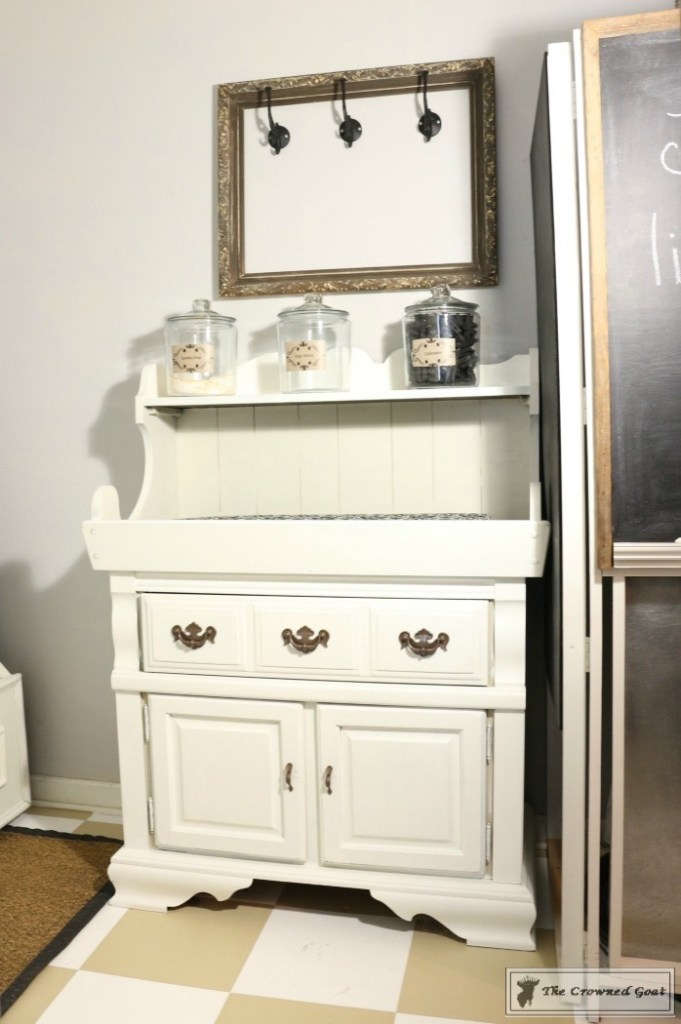 5-Steps-to-a-More-Organized-Laundry-Room-4-681x1024 5 Steps to a More Organized Laundry Room   Decorating DIY Organization