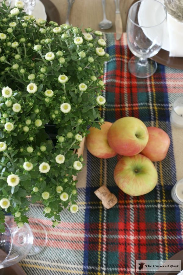 Fall-Apples-Home-Tour-6 Decorating for Fall with Apples Decorating DIY Holidays