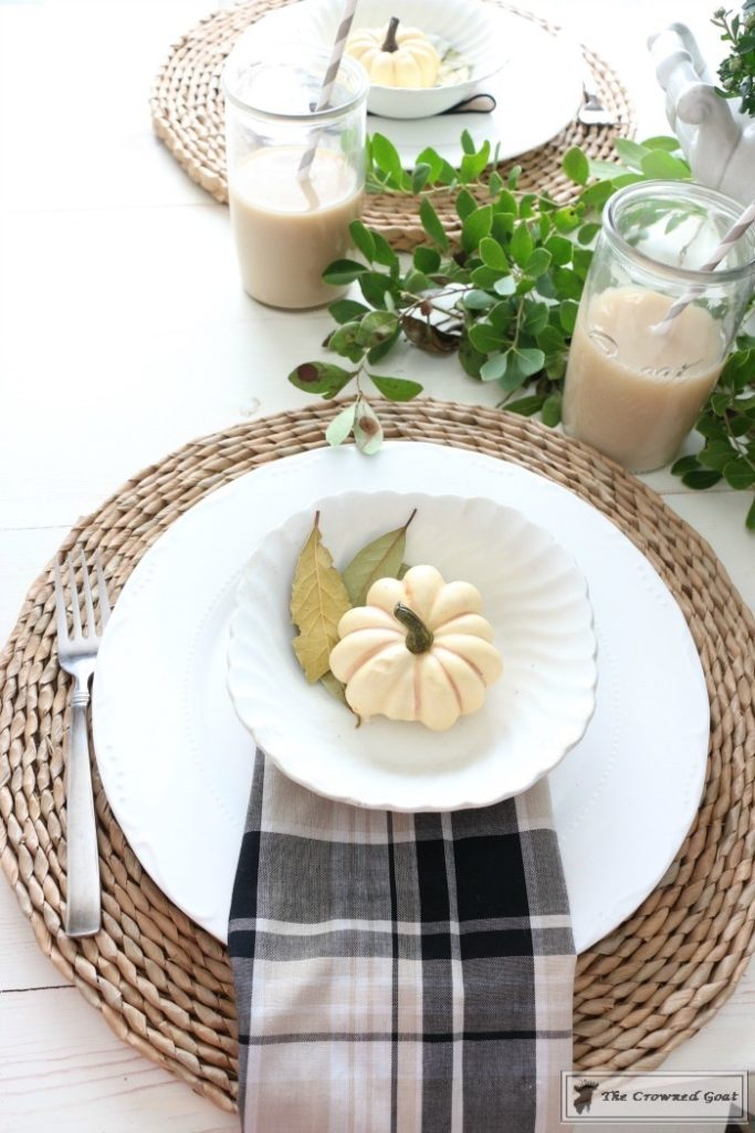 Fall-Decorating-in-the-Breakfast-Nook-5-683x1024 Fall Decorating: The Breakfast Nook Decorating DIY Fall