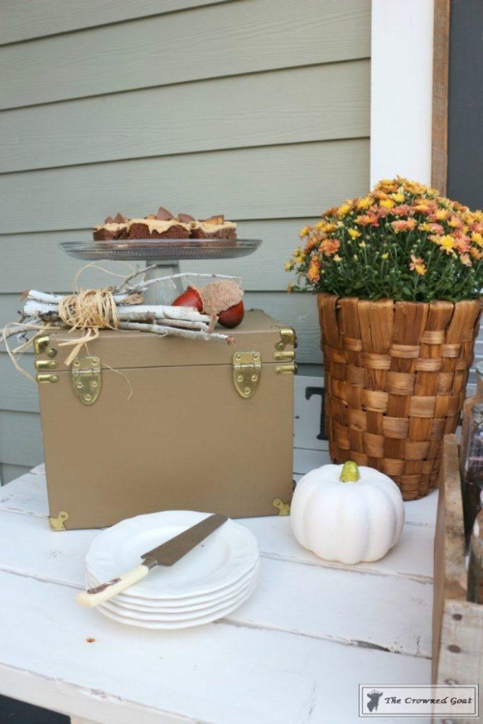 Creating-a-Gourmet-Smores-Bar-4-683x1024 How to Create a Gourmet S'mores Bar Decorating Holidays