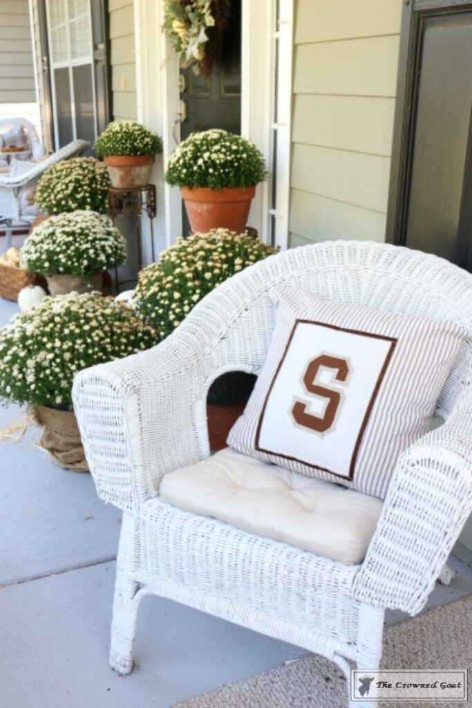 "No-Sew-Varsity-Letter-Pillow-13-683x1024 Behind the Scenes with ""S"" DIY"