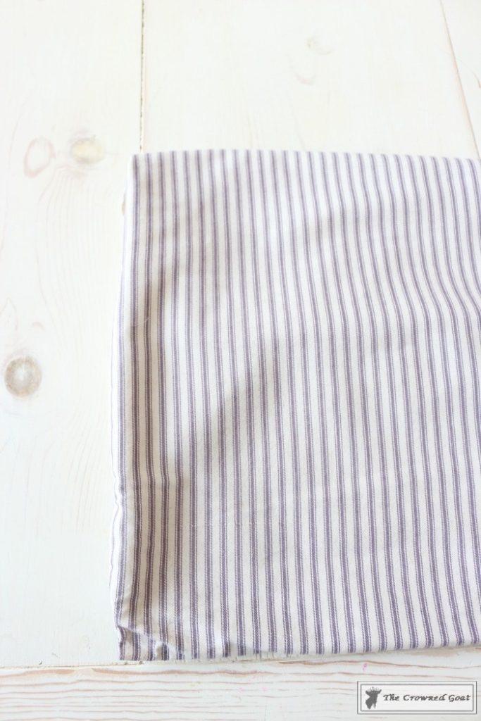 No-Sew-Varsity-Letter-Pillow-2-683x1024 No Sew Varsity Letter Pillow DIY