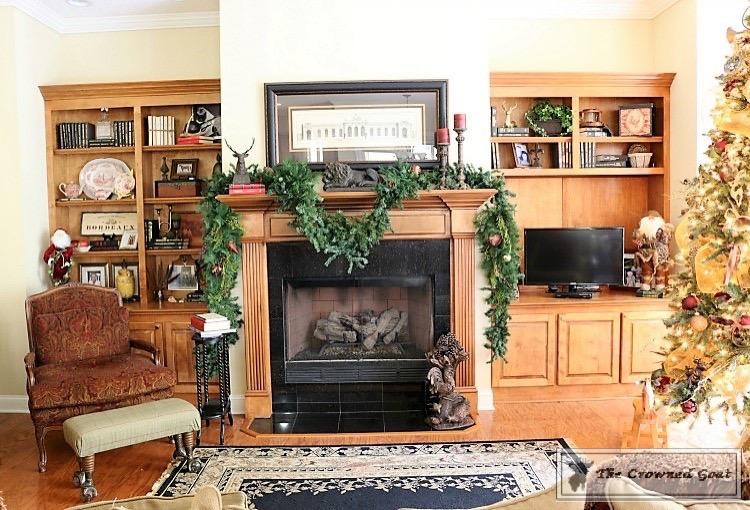 Bliss-Barracks-Traditional-Christmas-Tree-Living-Room-7 Traditional Christmas Living Room at Bliss Barracks Christmas DIY Holidays