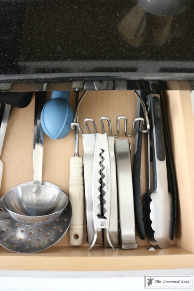 Best-Way-to-Organize-Your-Kitchen-7-683x1024 The Best Way to Organize Your Kitchen Organization