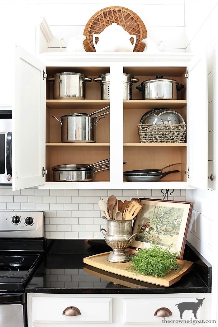 The-Best-Way-to-Organize-Your-Kitchen-The-Crowned-Goat-3 The Best Way To Organize the Kitchen Organization