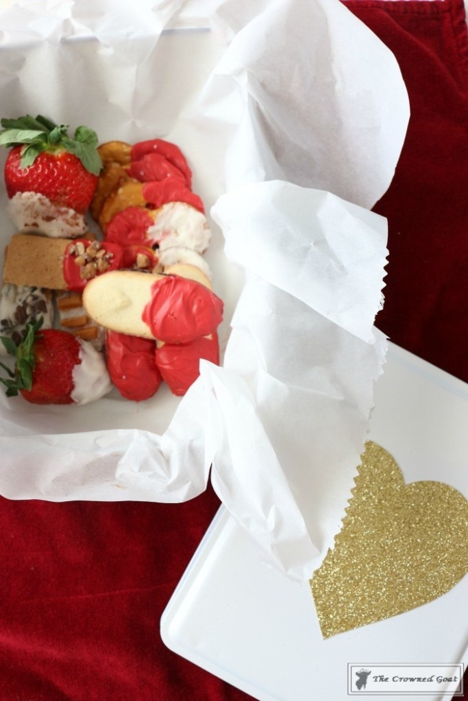 Easy Valentine Snack Box-18