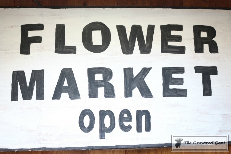 How-to-Make-a-Flower-Market-Sign-from-Scrap-Wood-12 DIY Flower Market Sign Decorating DIY Holidays Spring