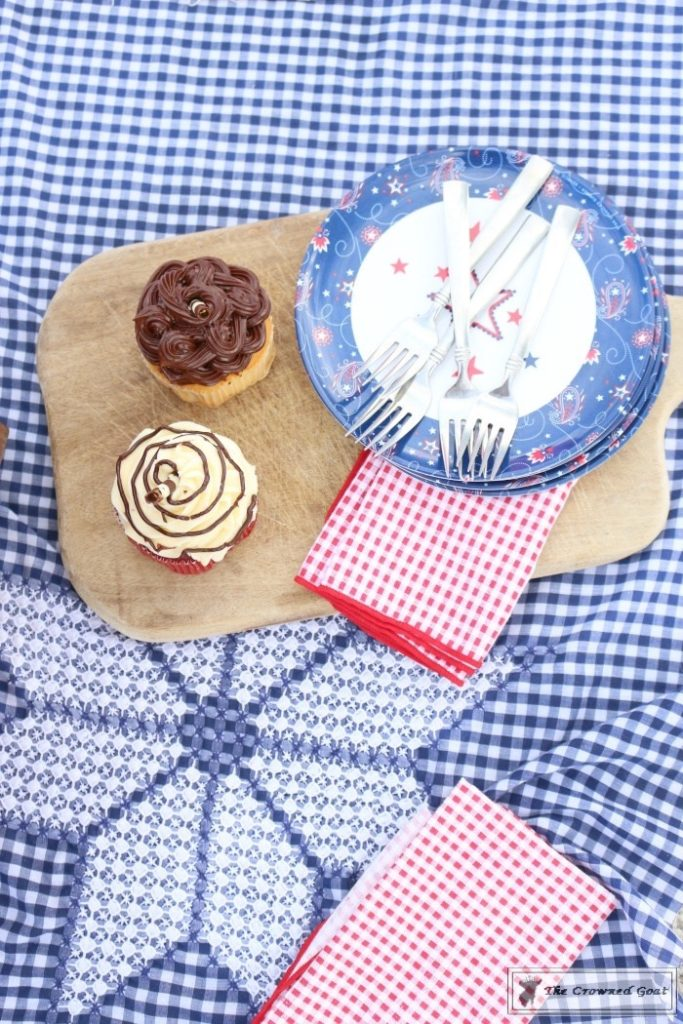How-to-Create-a-Summer-Beach-Picnic-9-683x1024 Summer Picnic Essentials Decorating DIY Holidays