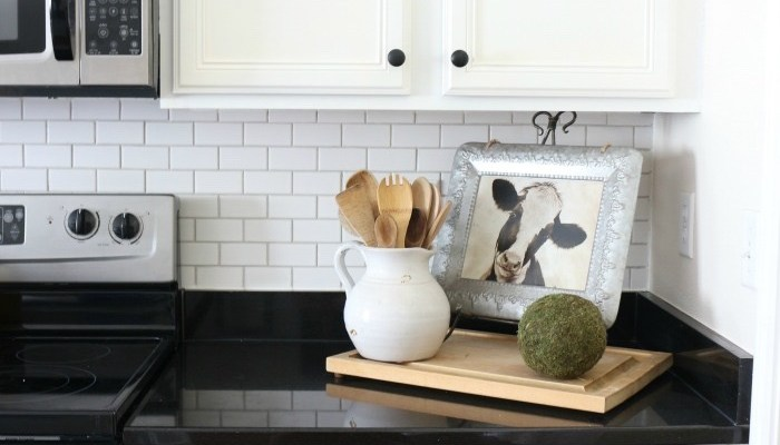 Easily Change the Color of Existing Grout-10