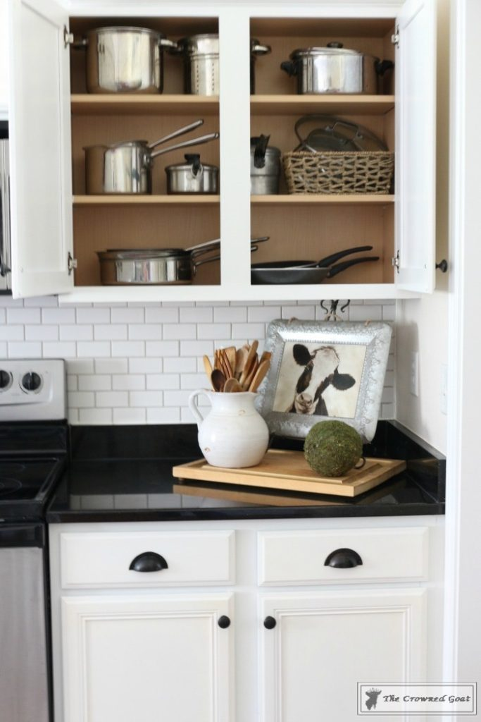 Easy-Ways-to-Keep-the-Kitchen-Clean-and-Organized-2-683x1024 11 Ways to Clean, Organize & Maintain Your Kitchen DIY Organization
