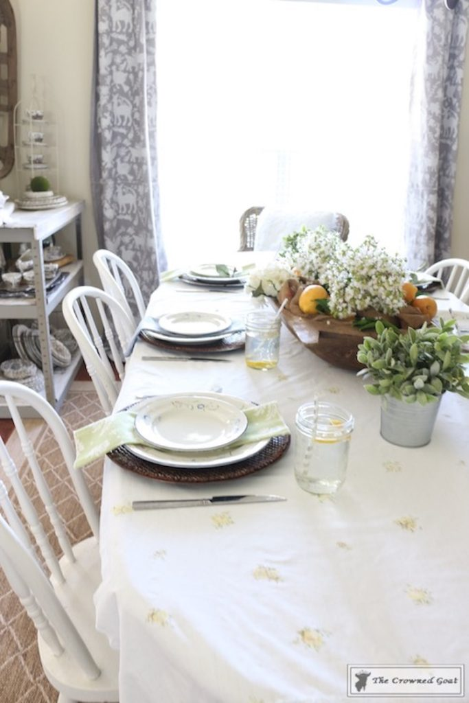 How-to-Create-a-Summer-Tablescape-The-Crowned-Goat-13-2-683x1024 Back to Basics: Summer Tablescapes Decorating DIY