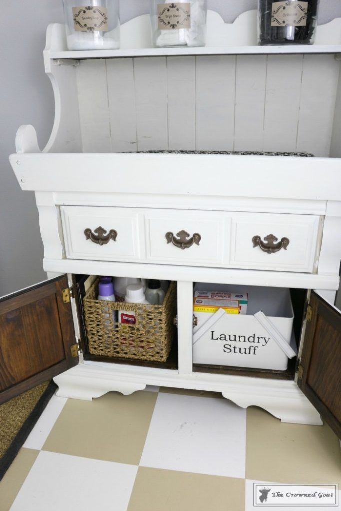 Nine-Ways-to-Keep-the-Laundry-Room-Organized-4-683x1024 9 Ways to Keep the Laundry Room Clean and Organized Decorating DIY Organization