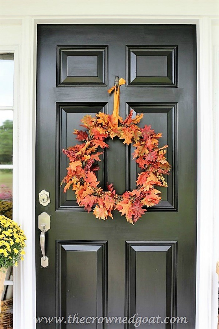 Fall-Wreaths-Autumn-Inspired-Door-Decor-The-Crowned-Goat-7-1 Fall Wreaths & Autumn Inspired Door Décor DIY Fall Holidays
