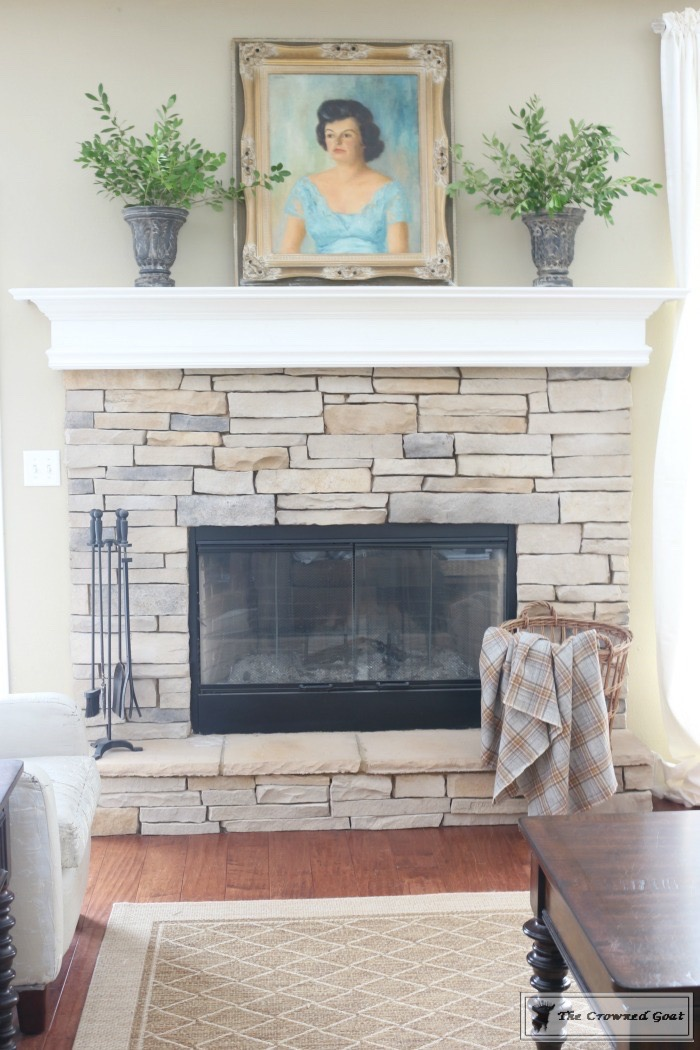 Easy-Fall-Mantel-Ideas-The-Crowned-Goat-2 5 Steps to Creating an Easy Fall Mantel Fall