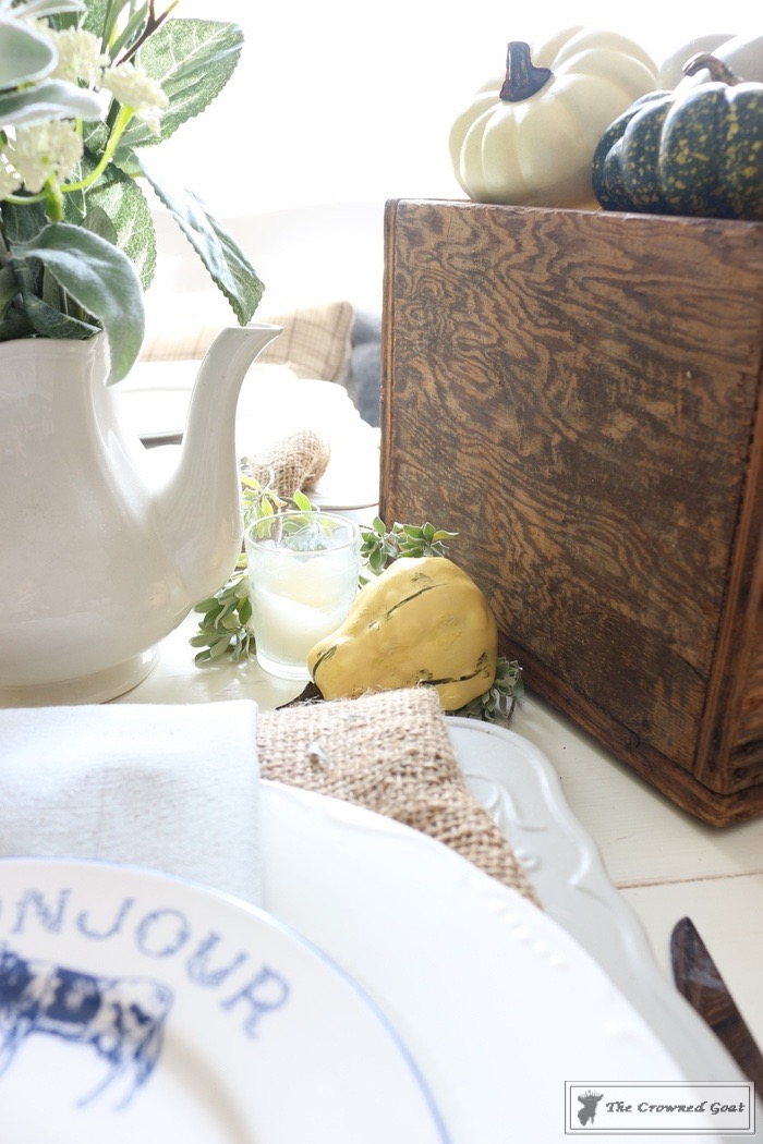 Fall-Decorating-in-the-Breakfast-Nook-The-Crowned-Goat-12 Fall Decorating in the Breakfast Nook Fall