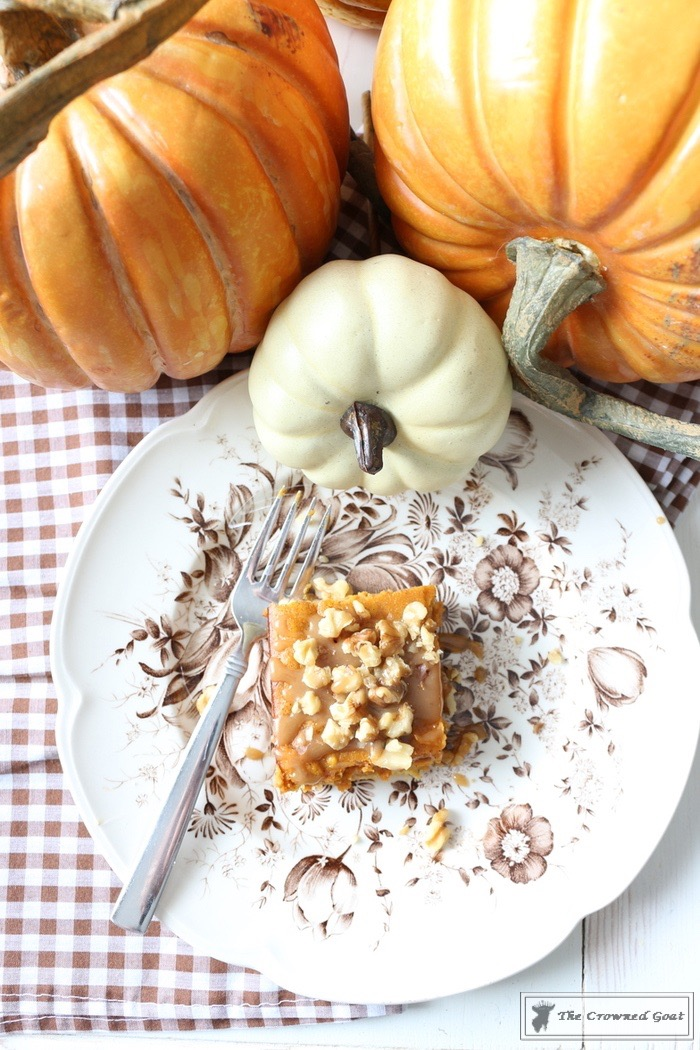 Salted-Caramel-Pumpkin-Spice-Gooey-Bars-The-Crowned-Goat-11 Salted Caramel Pumpkin Pie Gooey Bars Baking Fall