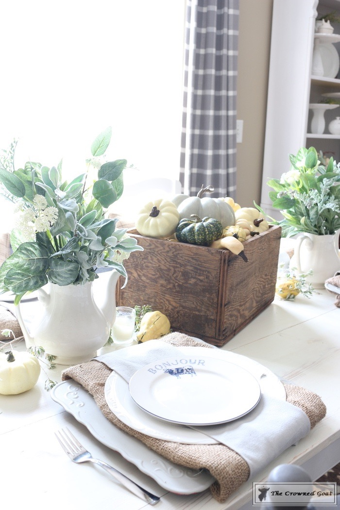 5-Easy-Thanksgiving-Tablescape-Tips-The-Crowned-Goat-11 5 Tips for an Easy Thanksgiving Tablescape Decorating Fall Holidays