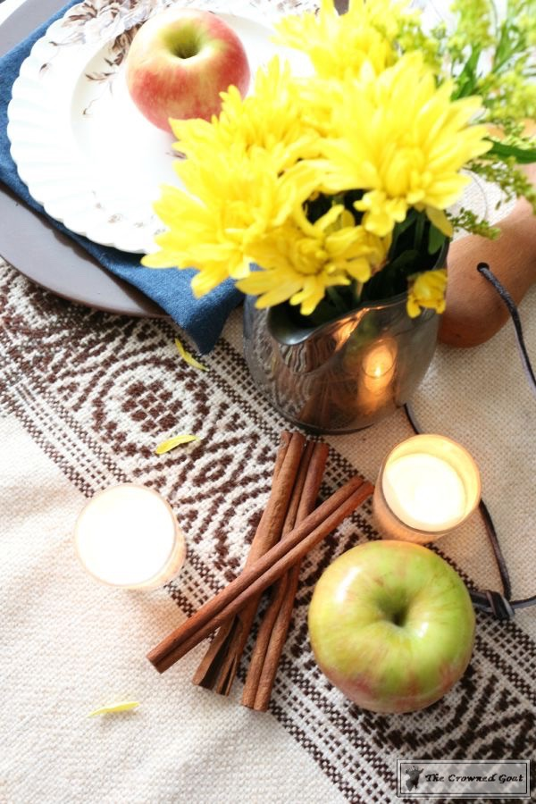 5-Easy-Thanksgiving-Tablescape-Tips-The-Crowned-Goat-15 5 Tips for an Easy Thanksgiving Tablescape Decorating Fall Holidays