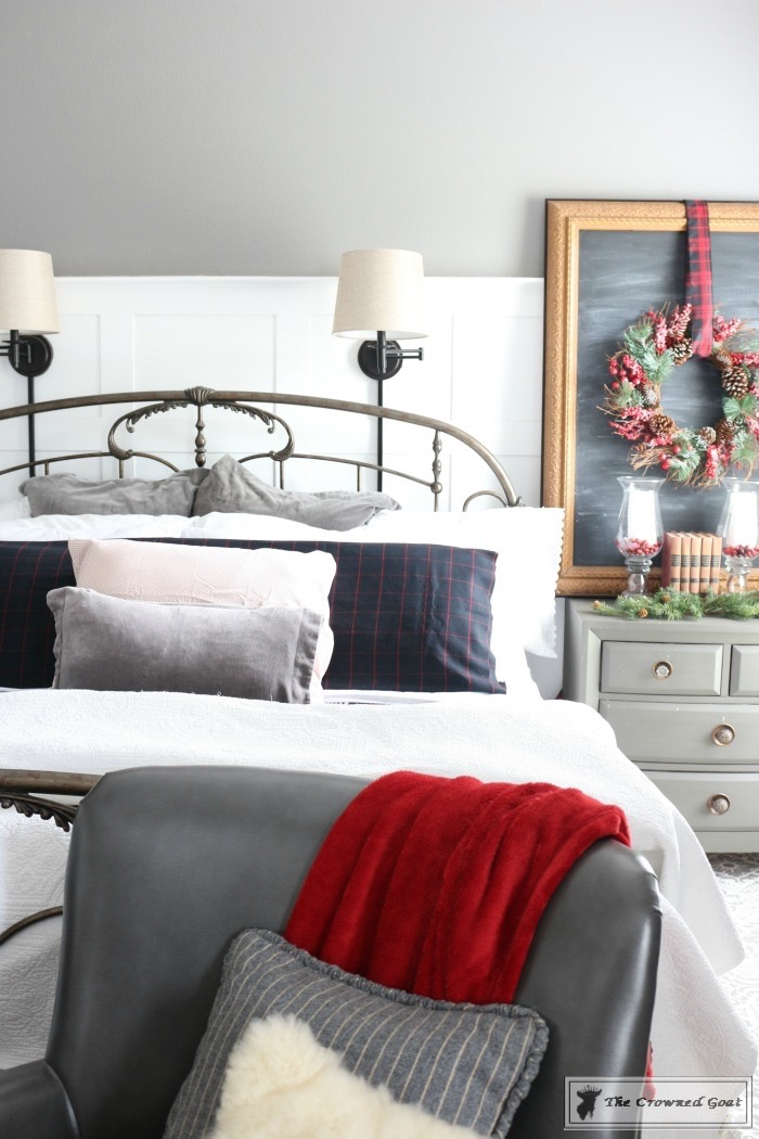 Christmas-Inspired-Bedroom-Ideas-The-Crowned-Goat-10 Christmas Bedroom Inspiration Christmas
