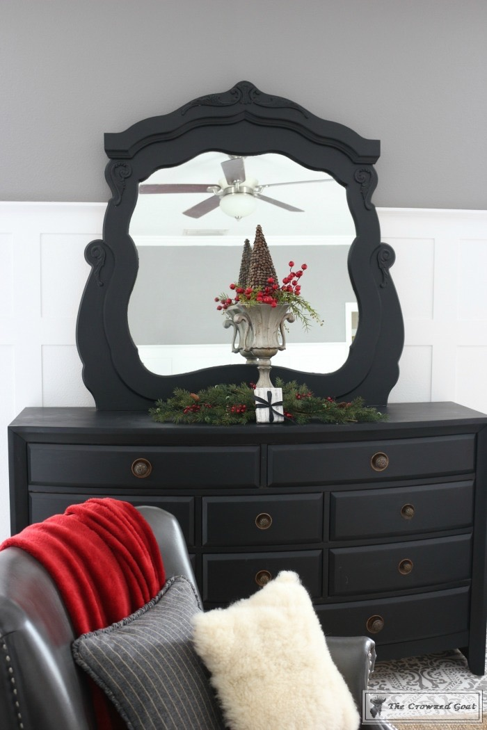 Christmas-Inspired-Bedroom-Ideas-The-Crowned-Goat-6 Christmas Bedroom Inspiration Christmas