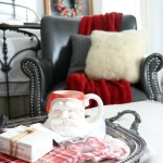 Christmas-Inspired-Bedroom-Ideas-The-Crowned-Goat-8-1 Holidays