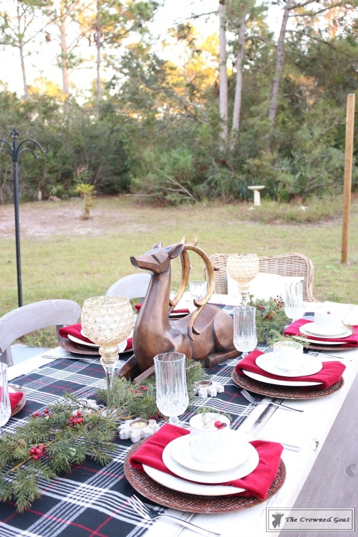 Outdoor-Christmas-Tablescape-The-Crowned-Goat-1 Outdoor Christmas Tablescape Christmas