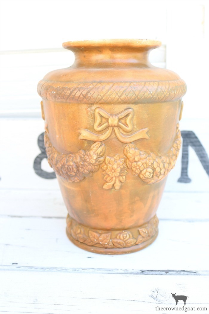 How-to-Update-a-Thrift-Store-Vase-The-Crowned-Goat-1 How to Easily Update a Thrift Store Vase Decorating Loblolly_Manor