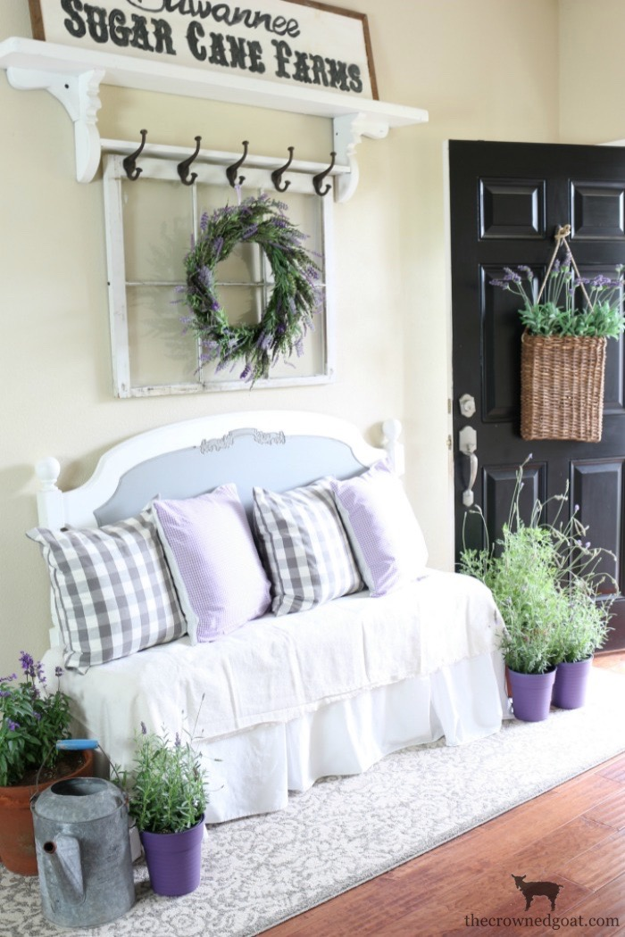 Summer-Decorating-Ideas-for-the-Entry-The-Crowned-Goat-12a The Busy Girl's Guide to Summer Decorating: The Entry Decorating DIY Summer