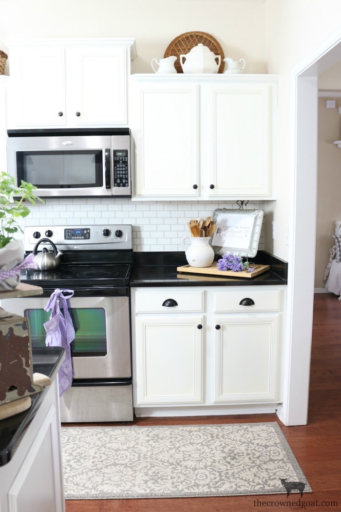 Summer-Kitchen-Decorating-Ideas-The-Crowned-Goat-3 The Busy Girl's Guide to Summer Decorating: The Kitchen Decorating Summer