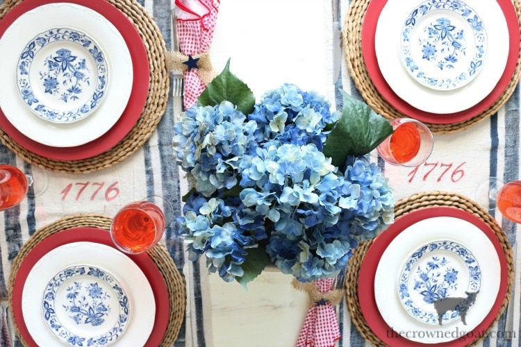 Tips-for-an-Easy-Patriotic-Tablescape-The-Crowned-Goat-5 Tips & Tricks for Patriotic Tablescapes Summer