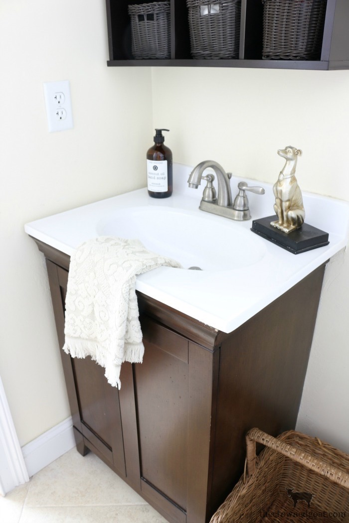 Loblolly-Manor-Guest-Bathroom-Makeover-The-Crowned-Goat-8 Loblolly Manor: Tiny Guest Bathroom Makeover Decorating DIY Loblolly_Manor