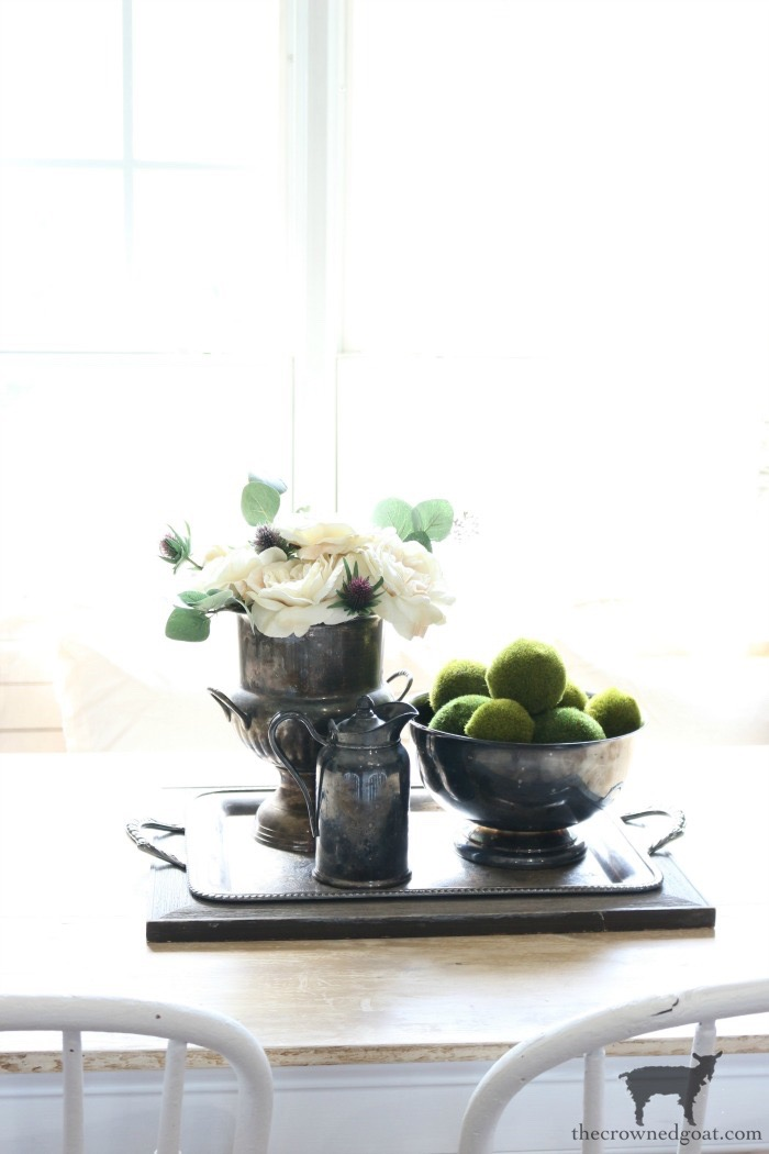 How-to-Create-Easy-Table-Vignettes-The-Crowned-Goat-9 Easy Tabletop Vignette Ideas Decorating DIY