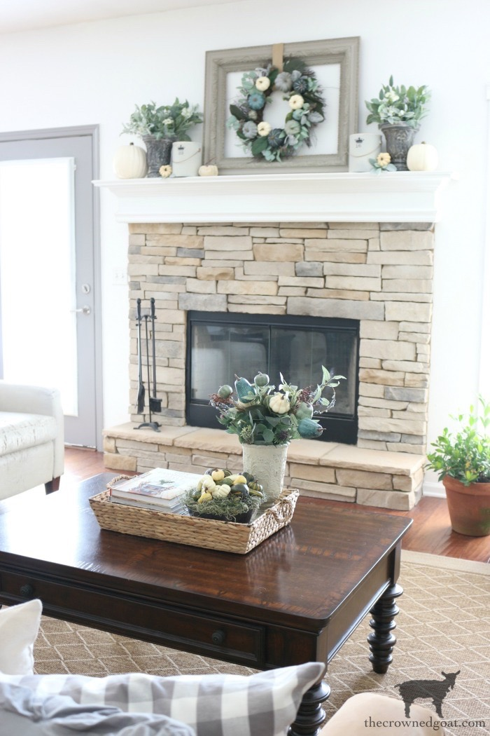 Fall-Inspired-Living-Room-The-Crowned-Goat-9 Fall Inspired Living Room and Mantel Decorating DIY Fall