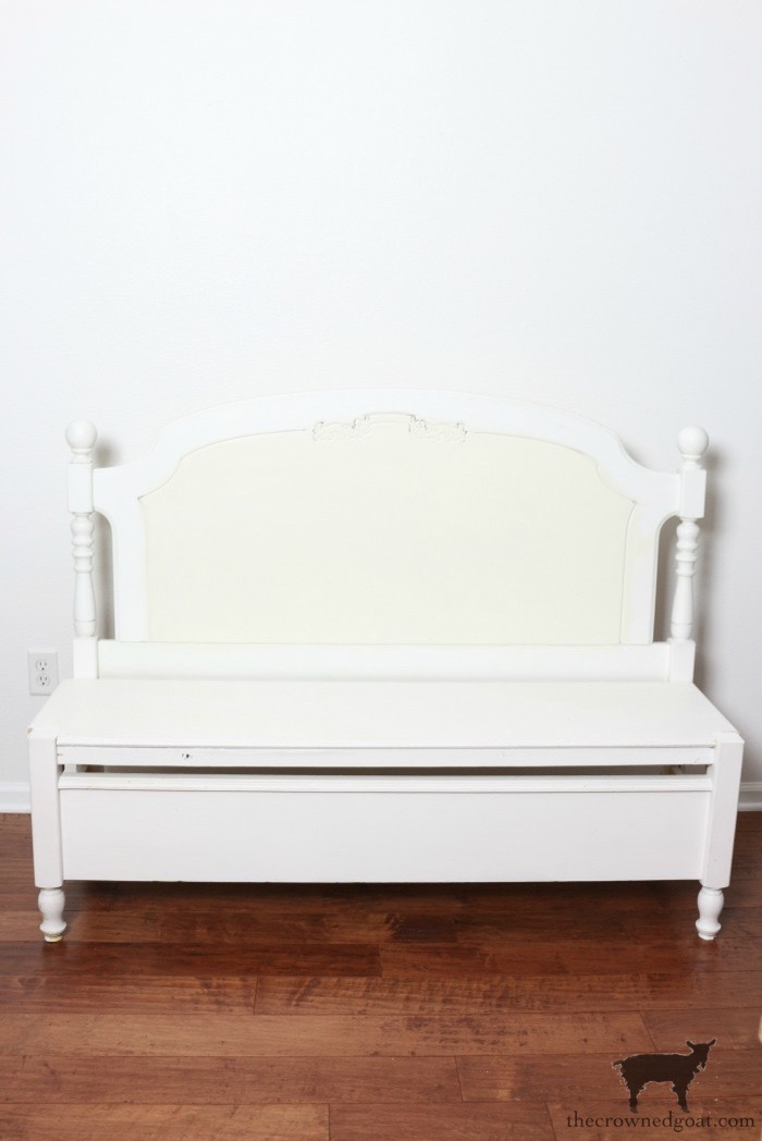 French-Farmhouse-Bench-Makeover-The-Crowned-Goat-2 French Farmhouse Inspired Bench Decorating DIY Painted Furniture