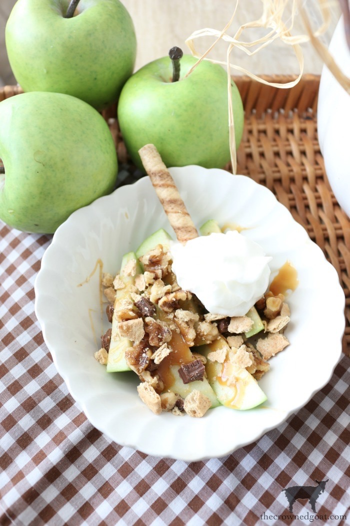 Easy-Caramel-Apple-Slices-The-Crowned-Goat-12 Quick & Easy Caramel Apple Slices Fall