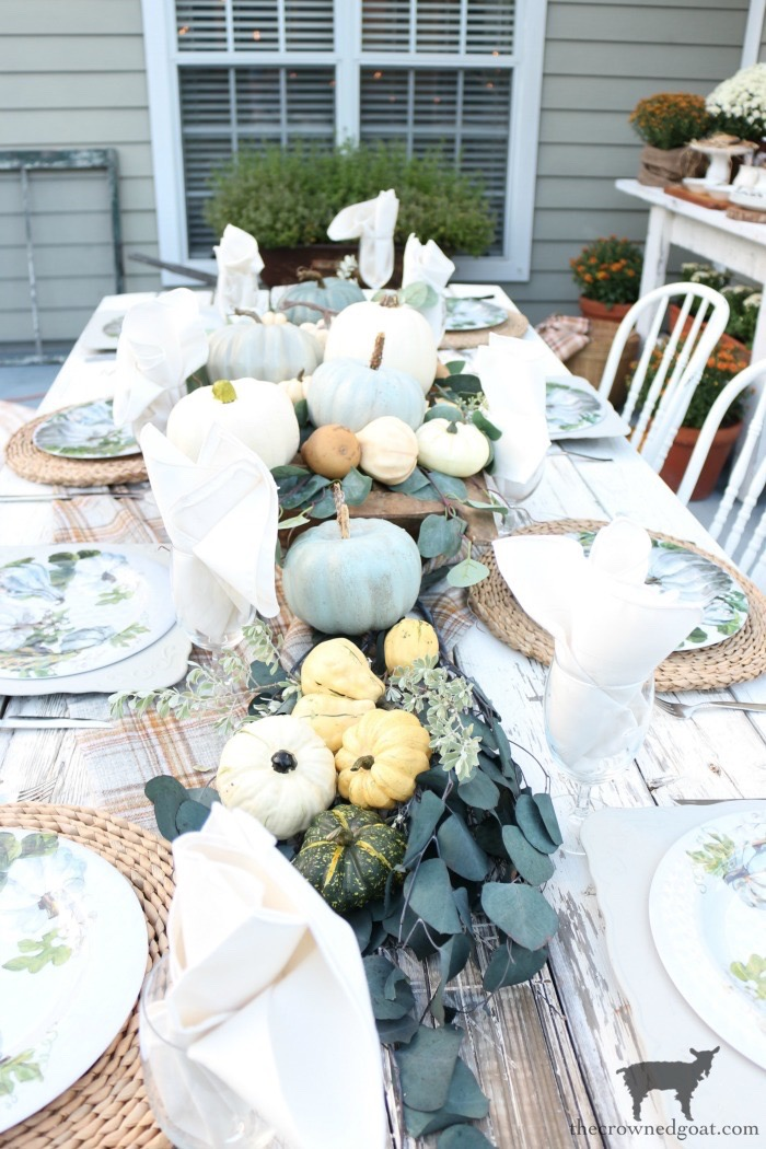 Fall-Inspired-Outdoor-Tablescape-The-Crowned-Goat-1 Fall Inspired Outdoor Tablescape Decorating DIY Fall