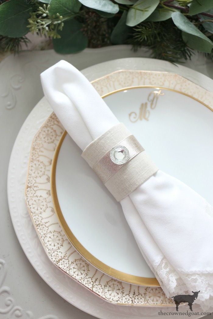 Holiday Inspired Diy Napkin Rings The Crowned Goat