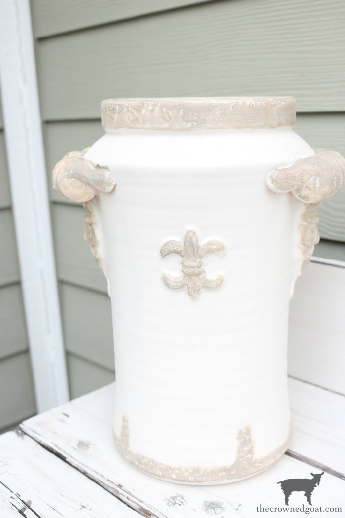 Quick-and-Easy-Vase-Makeover-The-Crowned-Goat-9 Quick & Easy Vase Makeover Decorating DIY