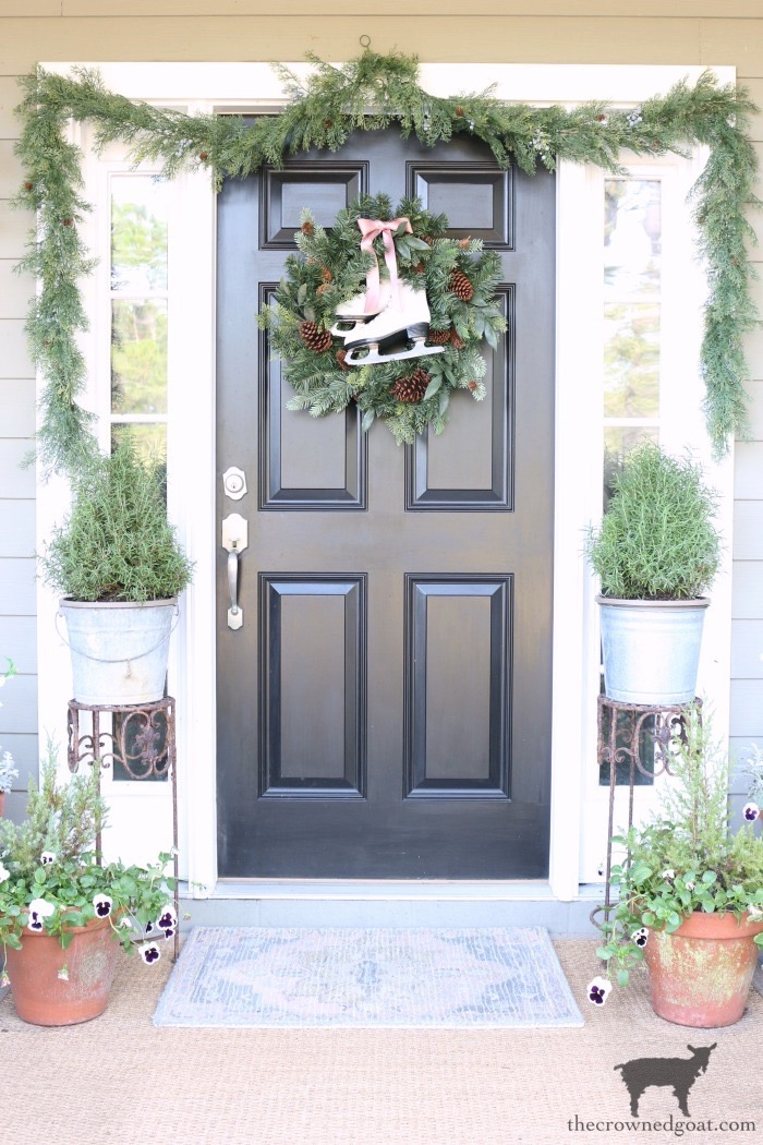 Christmas-Front-Porch-Decorating-Ideas-The-Crowned-Goat-3 Christmas on the Front Porch Christmas Holidays
