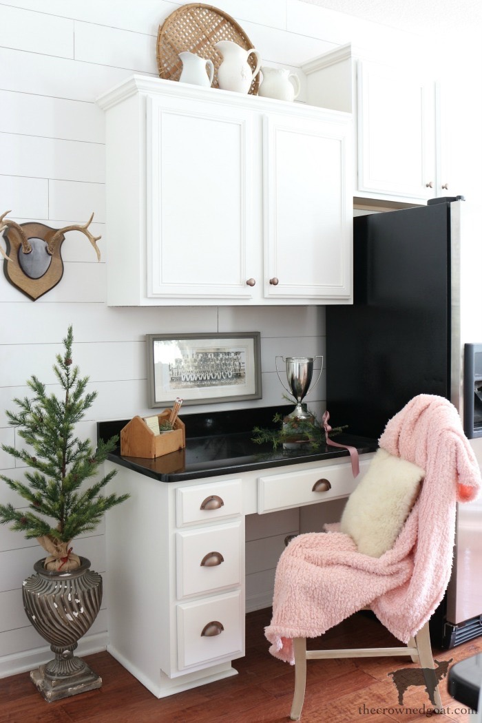 Romantic-Farmhouse-Christmas-Home-Tour-The-Crowned-Goat-16 A Christmas Message & Holiday Home Tour Christmas Holidays