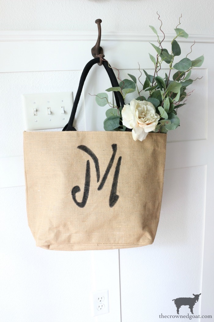DIY-Monogrammed-Tote-The-Crowned-Goat-15 DIY Monogrammed Market Tote Crafts DIY