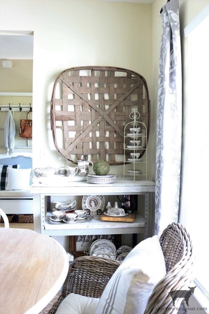 Dining-Room-Makeover-Reveal-The-Crowned-Goat-7 Dining Room Makeover Reveal Decorating DIY