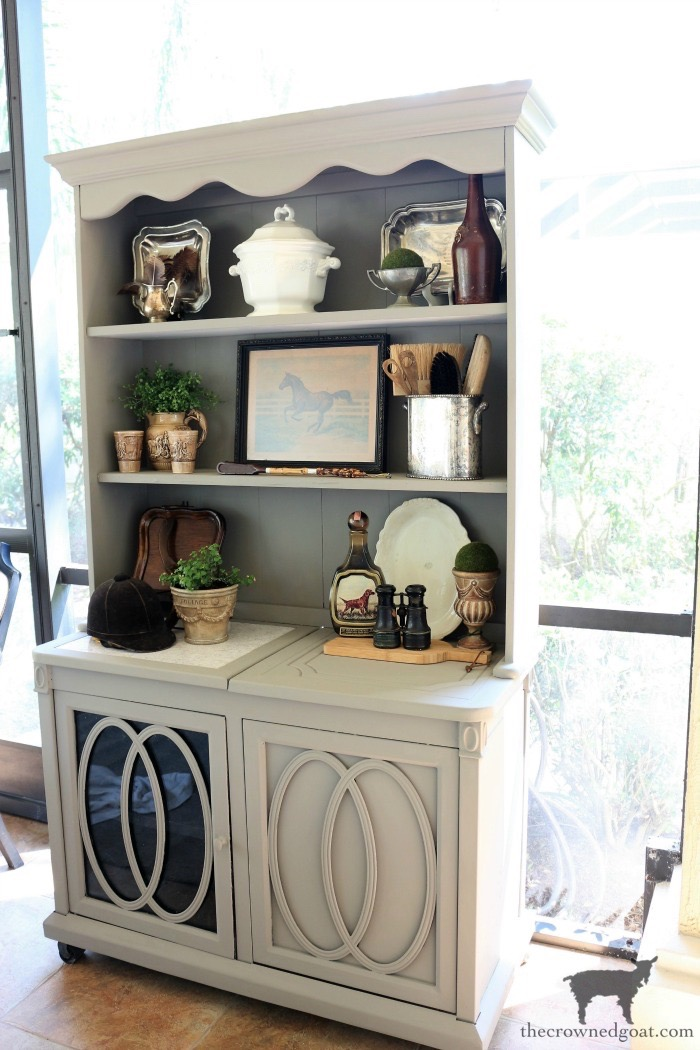 Outdoor-Buffet-Hutch-French-Linen-The-Crowned-Goat-4 Outdoor Hutch & Buffet in French Linen Decorating DIY Painted Furniture