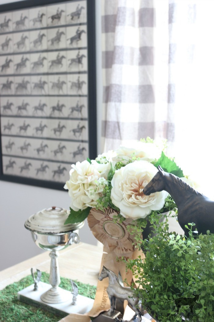Kentucky-Derby-Tablescape-The-Crowned-Goat-10 Kentucky Derby Tablescape Decorating DIY