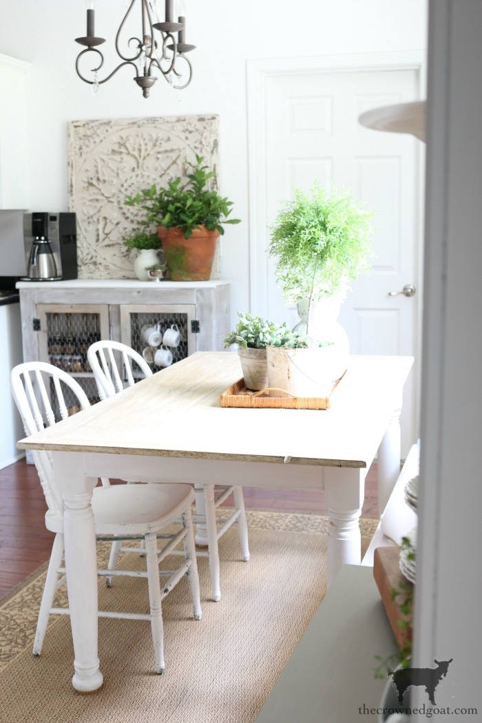 Breakfast-Nook-Makeover-Plans-The-Crowned-Goat-8 Breakfast Nook Refresh Plans Decorating DIY