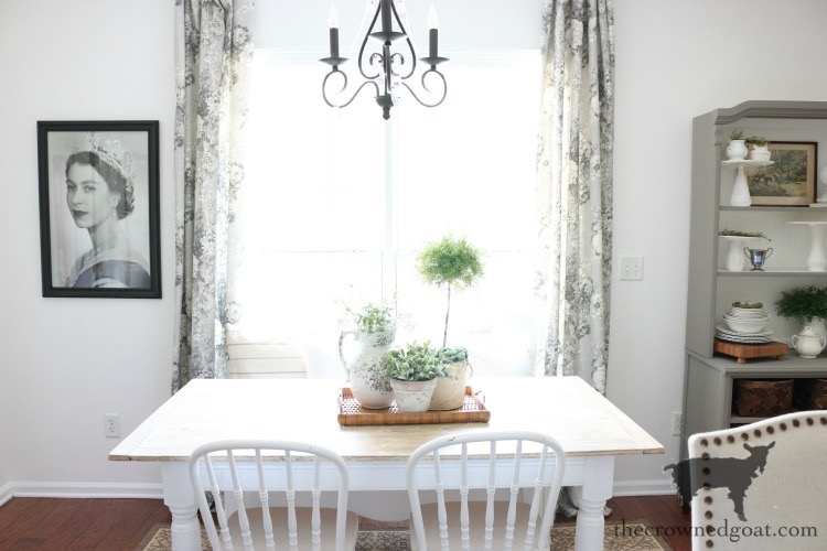 Breakfast-Nook-Refresh-Reveal-The-Crowned-Goat-6 Breakfast Nook Refresh Reveal Decorating DIY
