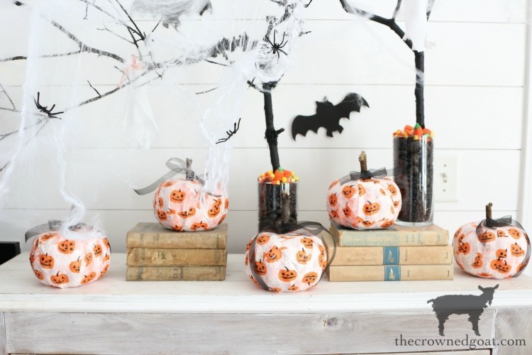 Easy-DIY-Halloween-Decorations-The-Crowned-Goat-13 Easy DIY Halloween Decorations Crafts Fall Holidays