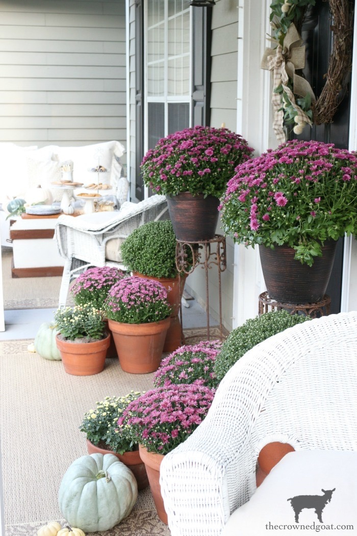 Fall-Porch-Decorating-Ideas-The-Crowned-Goat-13 Fall Porch Decorating Ideas Fall Holidays