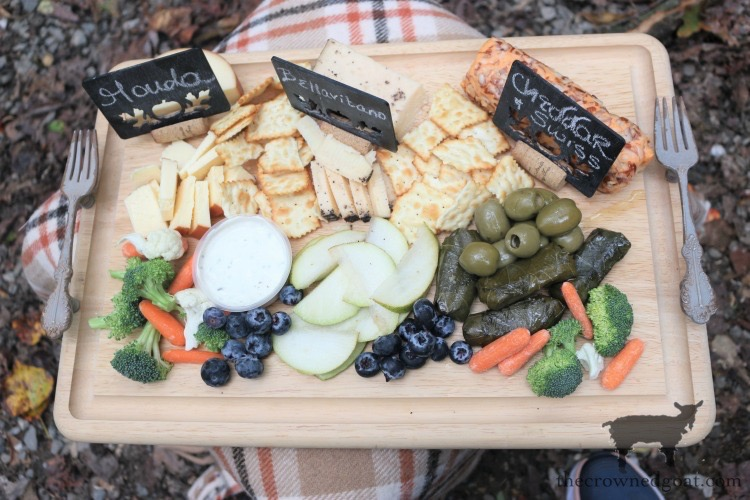 DIY-Mini-Chalkboard-Cheese-Labels-The-Crowned-Goat-3 Easy DIY Mini Chalkboard Cheese Labels Crafts DIY Fall Holidays